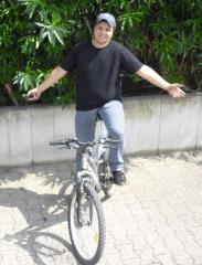 Marco in bici